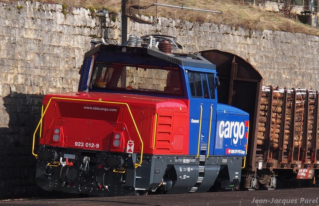 Spot du jour ferroviaire. Nouvelles photos postées le 28 Novembre 2016 Eem-923-012-chaum...ff-cargo-3b81055