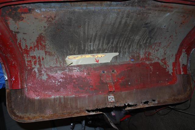 la restauration de mon low light incomplet en touraine - Page 10 Capot-arr6-3ac0111